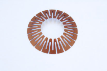Double-slotted disc spring